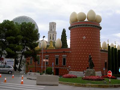 Torre Galatea Teatro Museo Theatre Museum Dalí España Spain