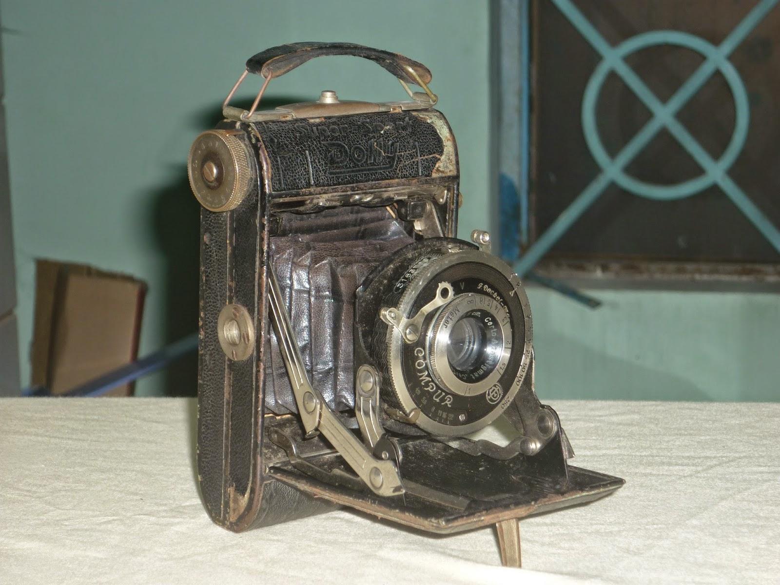 Máy ảnh cổ sưu tầm... Made in Germany
