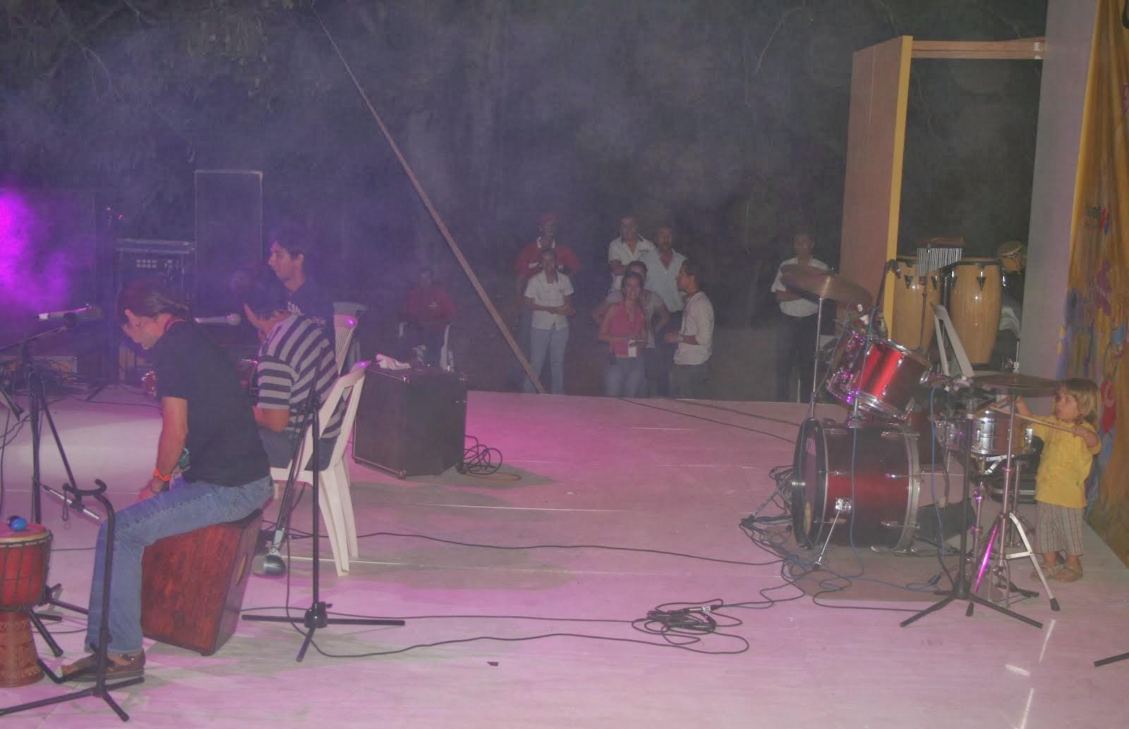 Debut de Nayar en batería (tres años)
