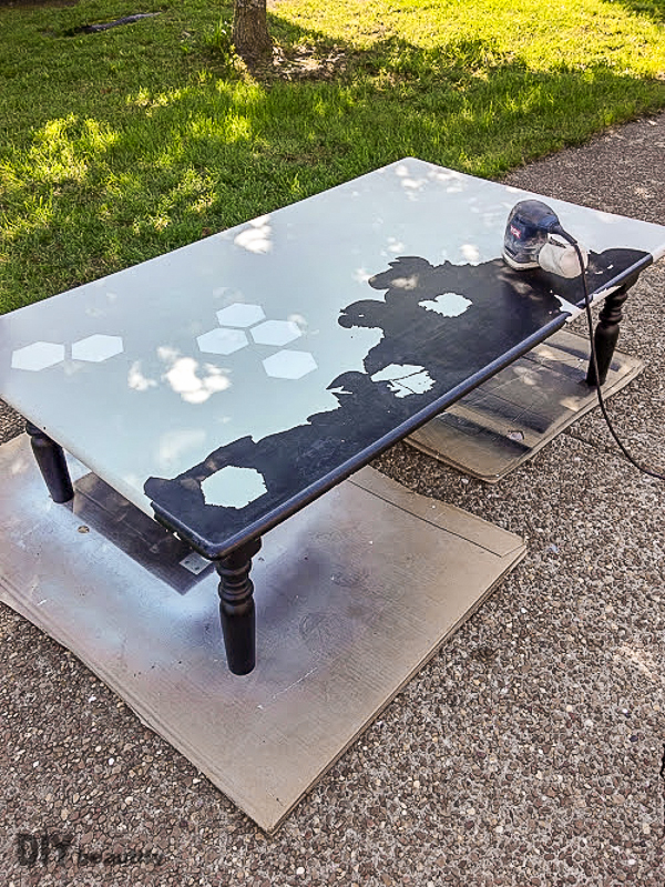 rescuing a coffee table from the trash again diy beautify