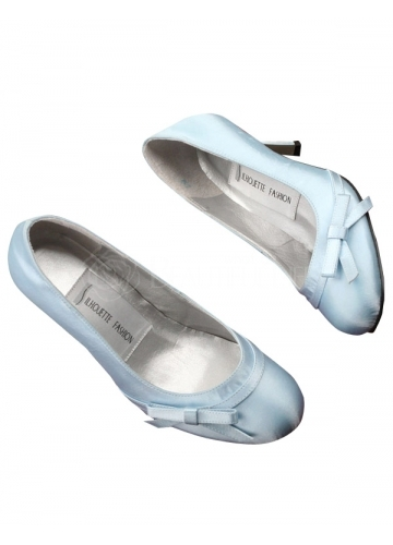 The Brides Shoe Is A Typical White Or Cream Color This Option Number One Choice For Majority Of Bride You When It Receives More