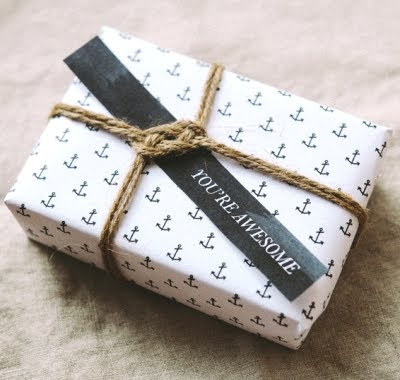 rope knot gift wrap