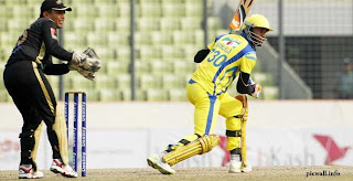 Marlon Samuels playing for Duronto Rahshahi
