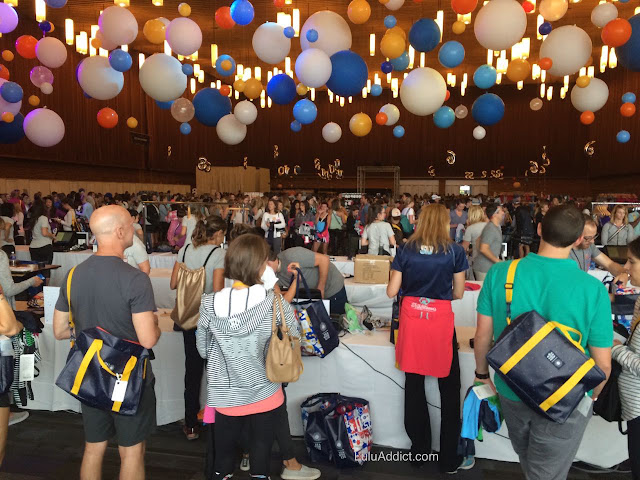 lululemon -sea-wheeze-half-marathon-race-2015 expo floor