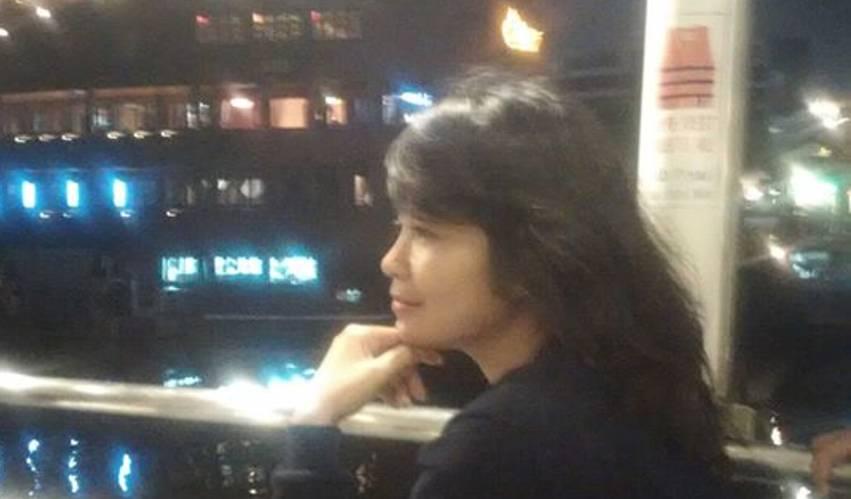 Tak Percaya.? Penyanyi Dangdut Kecepit Menara Petronas KL