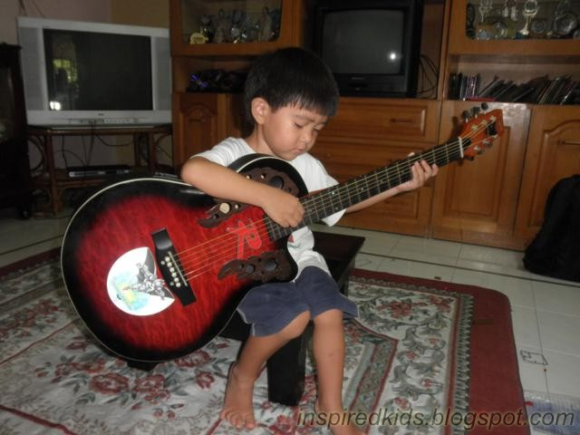 how to play mama said on guitar