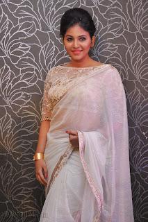 Anjali latest Glamorous pics in saree 018
