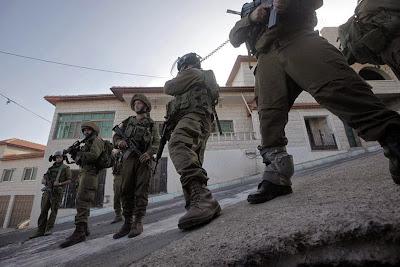 http://2.bp.blogspot.com/-PqPKDe-ANtM/U-iHGer4kFI/AAAAAAAAYl8/1AtL4INid7Q/s1600/israel+armi.jpg