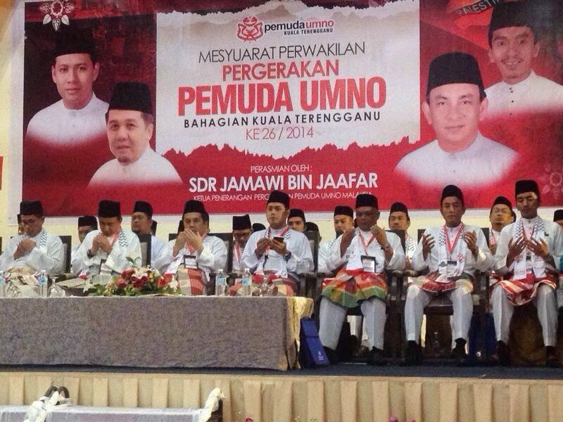 Malaysia Semakin Rasis Sebab UMNO Lemah