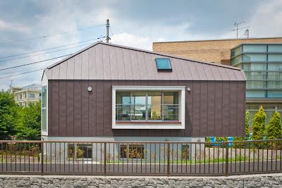 memaksimalkan-desain-bangunan-rumah-di-lahan-segitiga