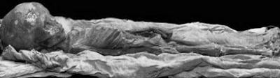 Child Mummy Found In Thebes