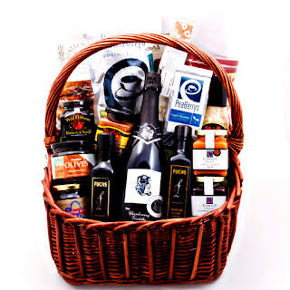 Hampers and Gift Baskets for sharing Christmas with Family