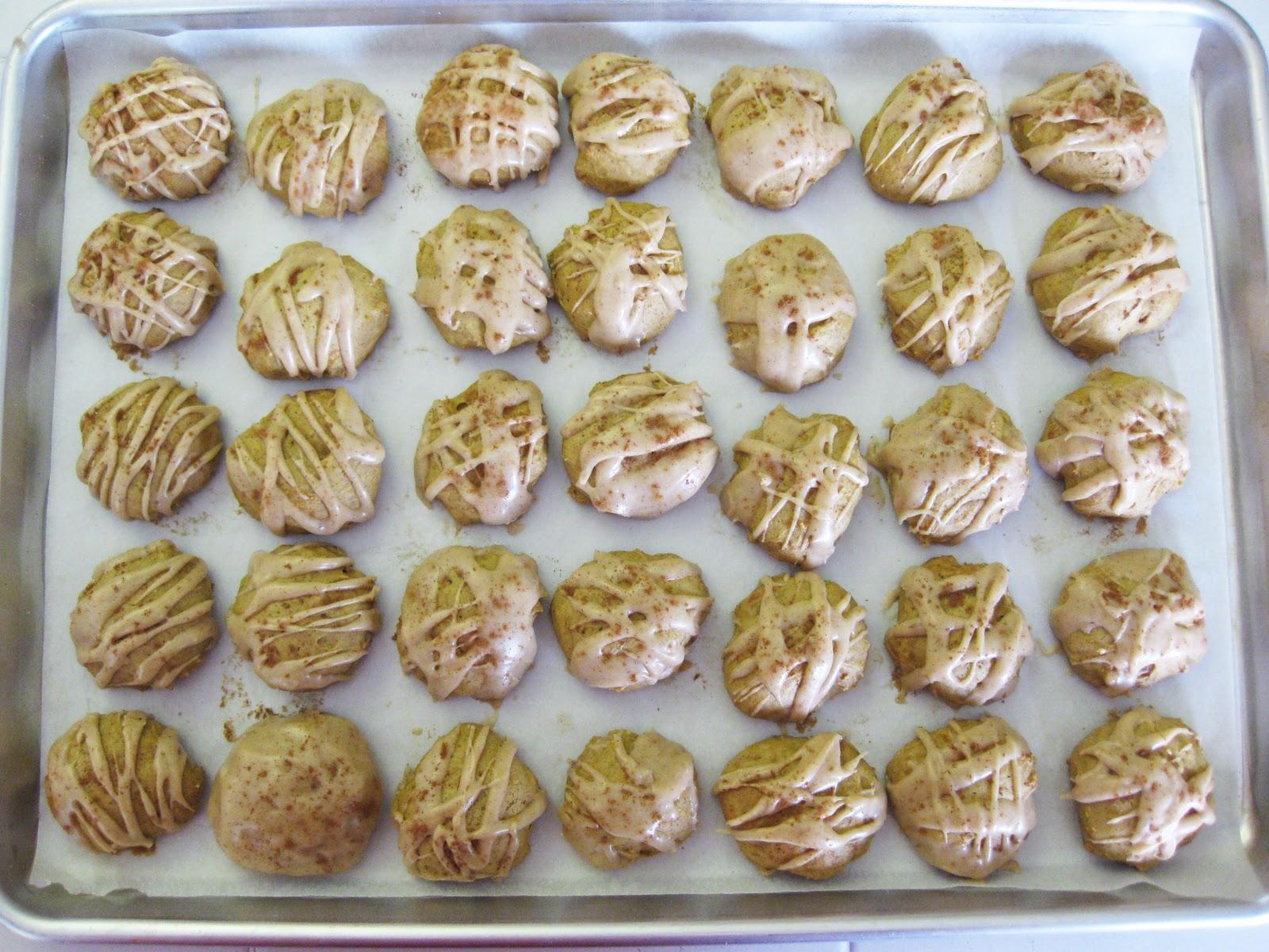 Bloatal Recall: Pumpkin Cookies with Cinnamon Icing