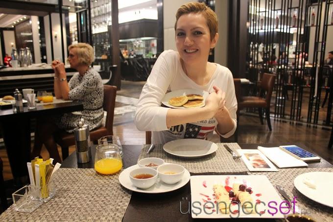 hilton-istanbul-bomonti-kahvalti-pancake