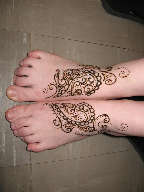 Stylish Simple Feet Mehndi