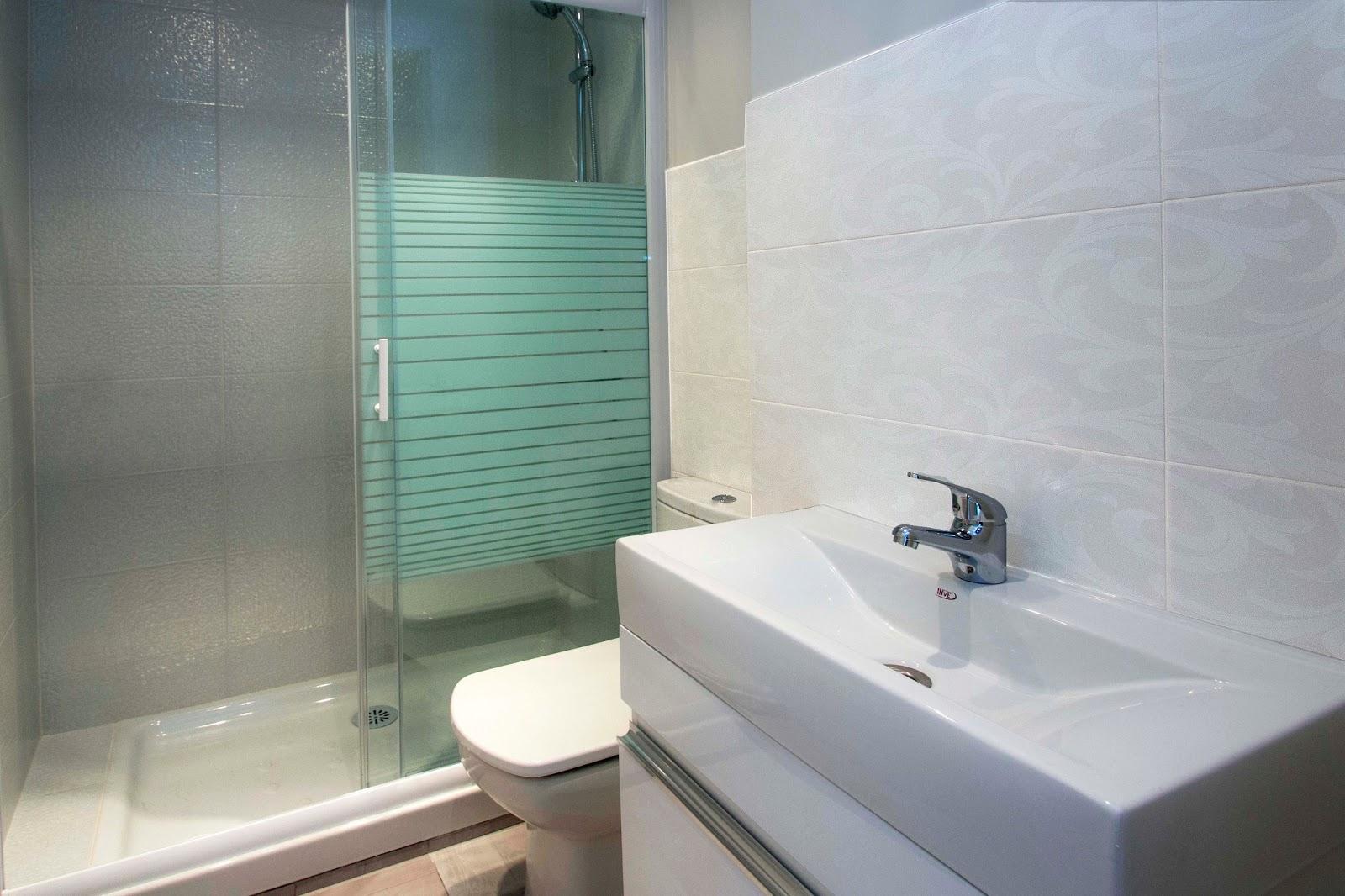 Decoracion De Baños Para Adolescentes:de los baños se llevó a cabo hasta media altura a excepción de