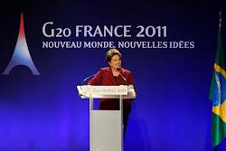 """Contribuições ao FMI podem garantir """"proteção do sistema"""", diz presidenta Dilma após G-20."""