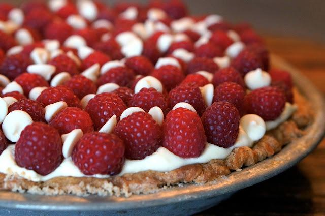 Blind Bake Pie Crust, heavy whipping cream vs. whipping cream, Ghirardelli Classic White Baking Chips,White Chocolate Raspberry Pie, Super Bowl 2015.,