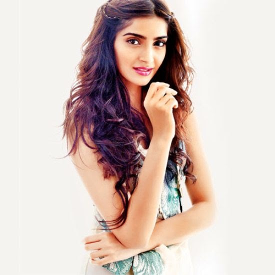 Sonam Kapoor beautiful Wallpaper, Sonam Kapoor Makeup wallpaper, Sonam Kapoor beautiful Pics, Sonam Kapoor beautiful images