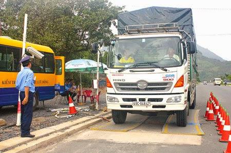 Thanh tra giao thông Lâm Đồng: 2015, tập trung xử lý nghiêm xe quá tải