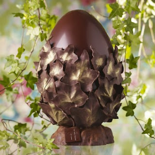 Easter egg Pierre Herme's L'Œuf Theobroma