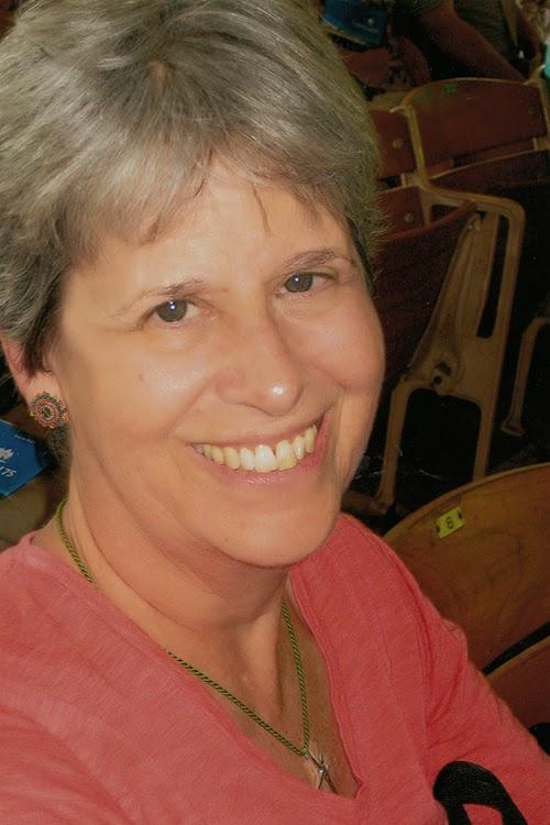 Amy Benesch headshot