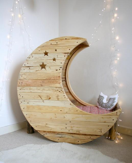 Ideas for home decor: Amazing Moon bed for your kid