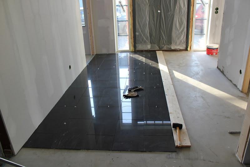 Ta Fram Tegelvagg Kok :  Har en konsla over att golvmoppen kommer behova oka fram ofta