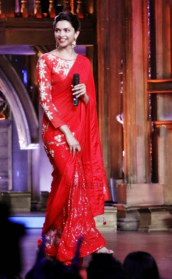 Deepika Padukone in Red Saree at Finding Fanny promotions ...