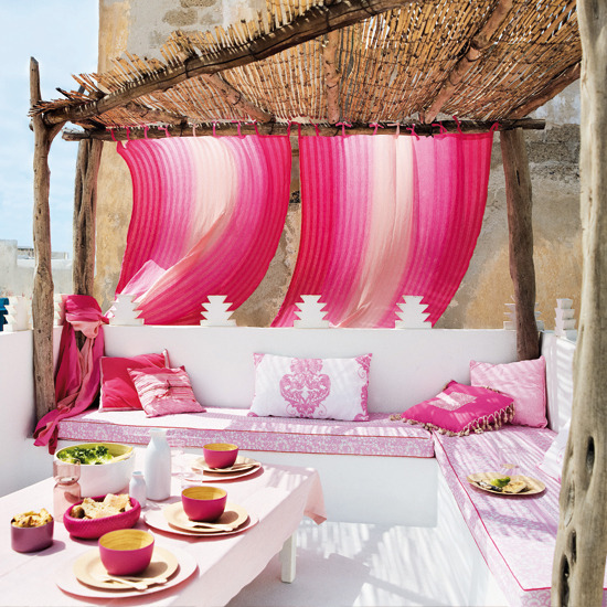 New Home Interior Design: Relaxing outdoor living