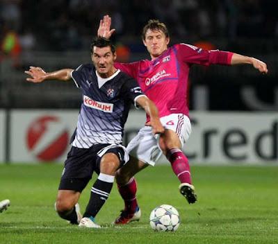 Olympique Lyon 2 - 0 Dinamo Zagreb (3)