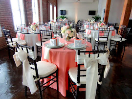 Sweetheart table with chiavari chairs