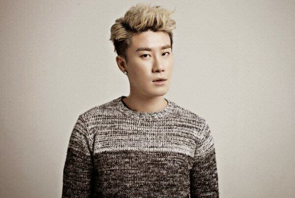 San E donates 10 million won for the Sewol tragedy #PrayForSouthKorea