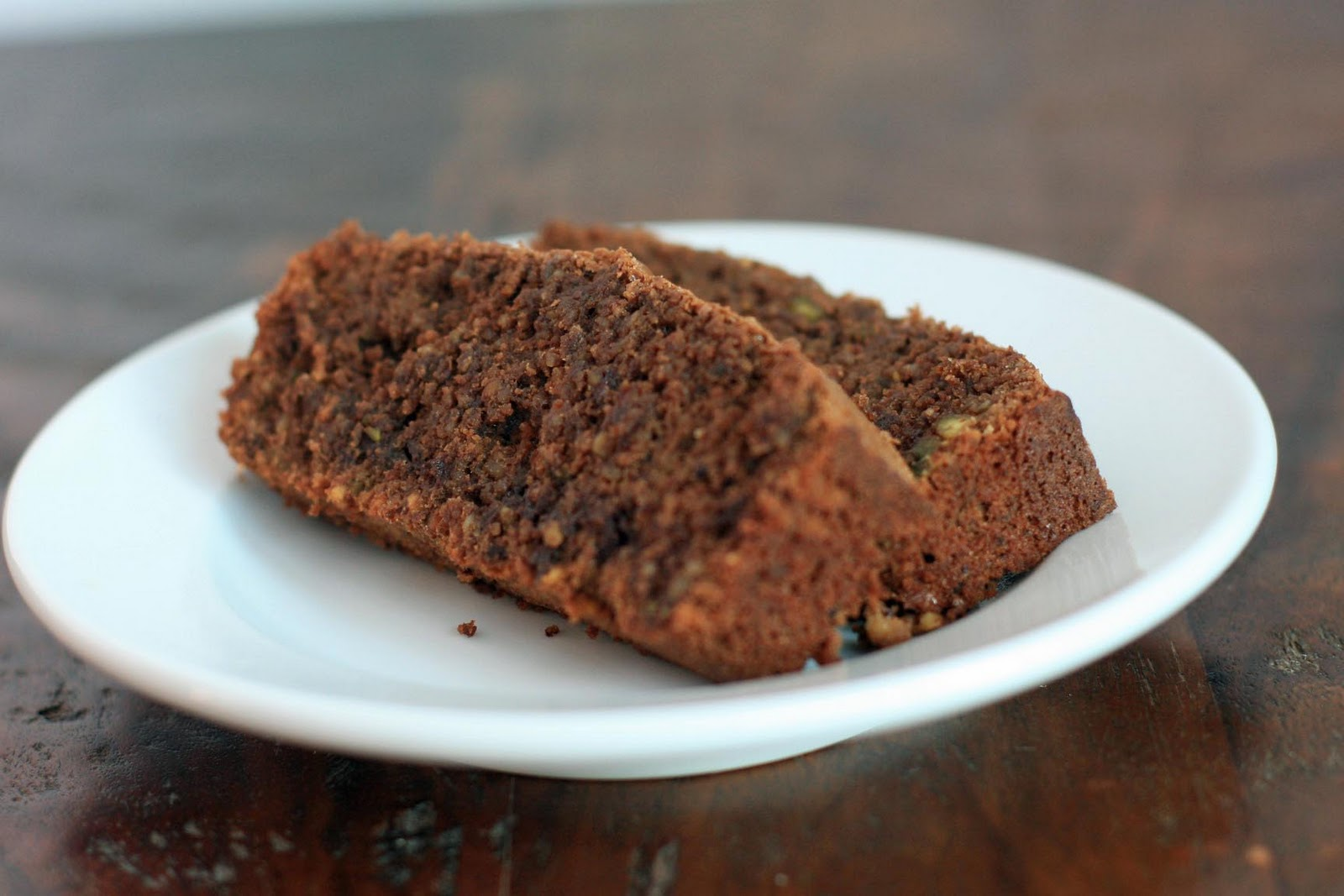 Gluten-Free Flourless Chocolate and Pistachio Cake | Girl Cooks World