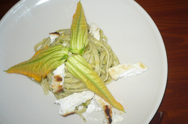 pasta con il pesto di zucchine