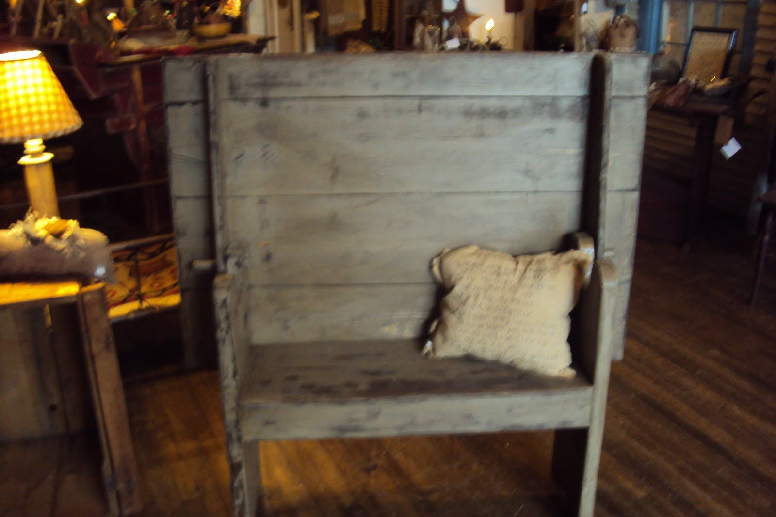 Holly Hills Primitives Furniture On Selling Blog