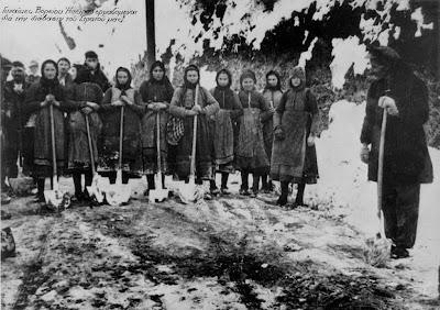 women-in-the-war-of-40-photo-02