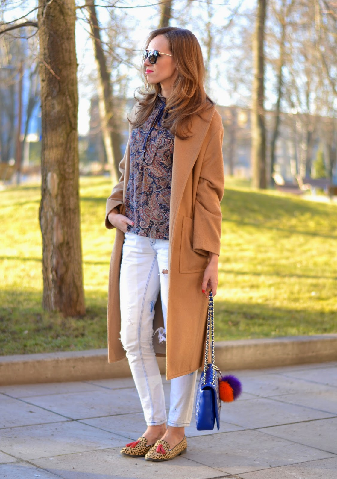 kristjaana mere sring casual camel outfit