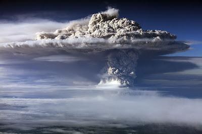 Volcan Puyehue en erupcion junio 2011