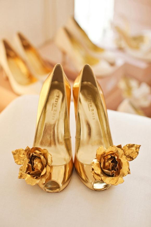 i heart wedding dress gold wedding shoes