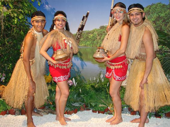 Peru Bailes Y Vestimenta De La Selva