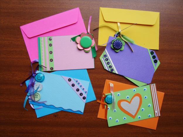 Ale y vale pretty hands manualidades con cartulina muy facil de hacer - Manualidades recicladas para decorar ...