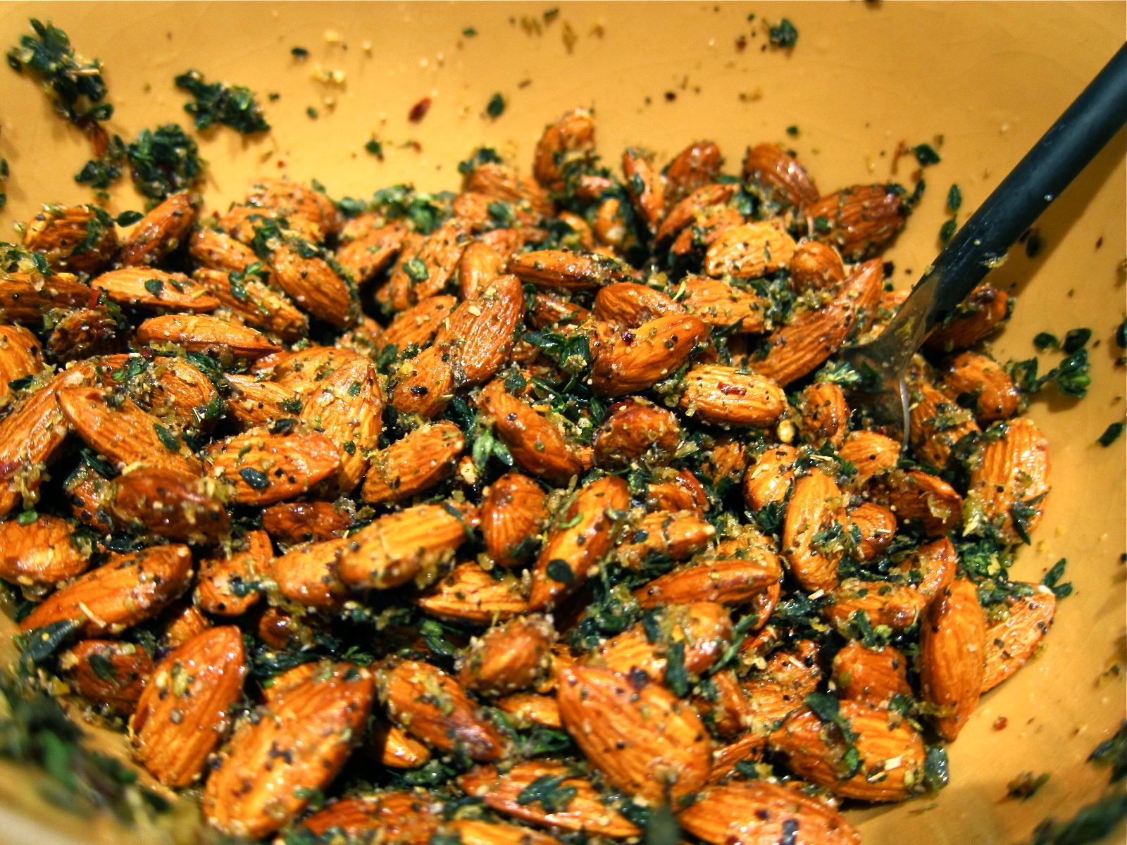 Saleena: Savory Roasted Almonds