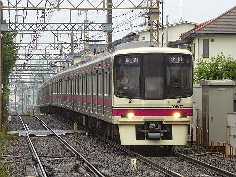 京王電鉄 各停 北野行き(H26.6.7豪雨のため運行)