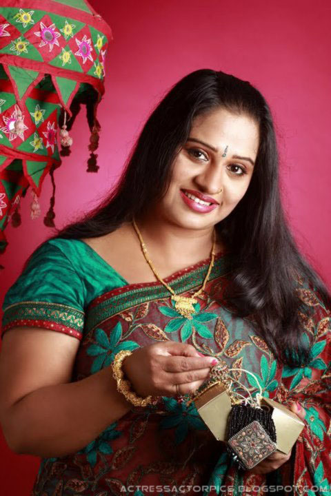 Download Hot Actress Blogspot Old Malayalam