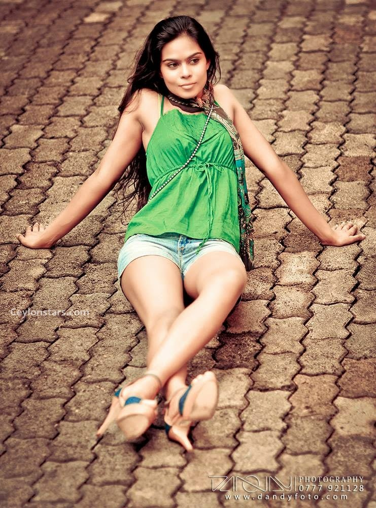 Ayanthi sl model
