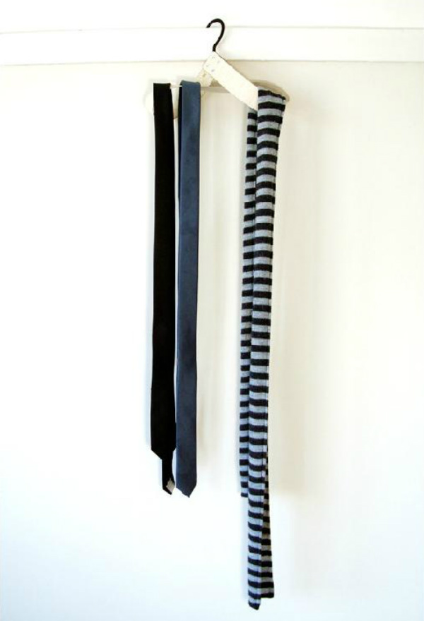 Mobe Accessories Hanger  Seen On www.coolpicturegallery.us