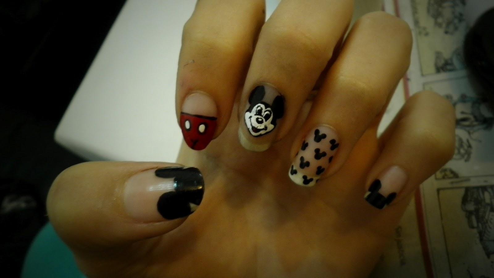 Nail art: Uñas de Mickey Mouse