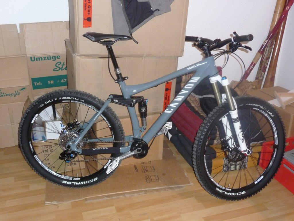 CANYON Nerve AM 9.0 HS - Graues All-Mountenbike am 10.02.2012 in ...