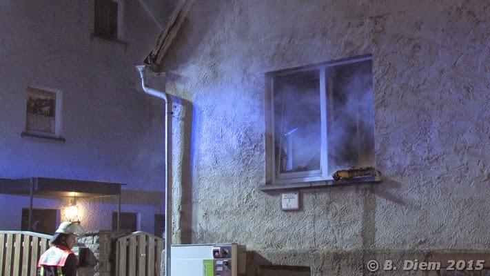 unterfranken aktuell feuer in wohnzimmer 11 j hrige reagiert vorbildlich keine verletzten. Black Bedroom Furniture Sets. Home Design Ideas